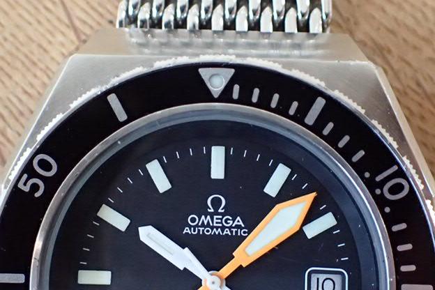 オメガ シーマスター200 オクタゴン