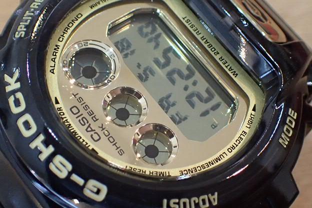 カシオ G-SHOCK 30周年 DW-6930D-1JR